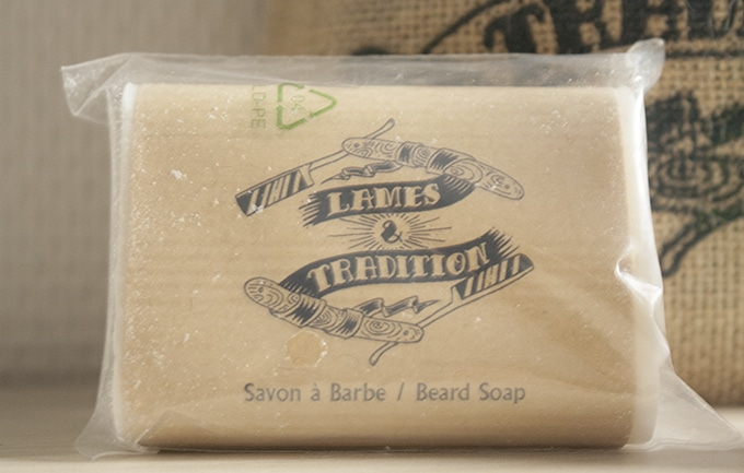 shampoing à barbe - lames et tradition